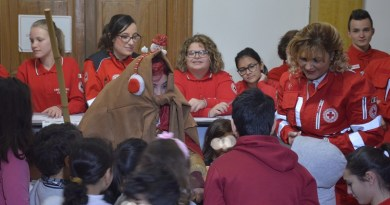 Con il progetto Ri-giochiamo i giocattoli dismessi sono consegnati dalla Befana della Croce Rossa di Caltanissetta nelle mani di altri bambini