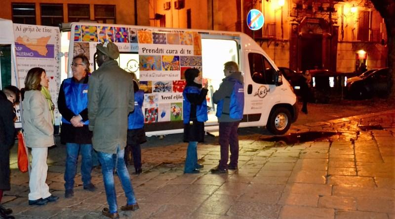 Camper contro droga e alcol, grande interesse dei giovani per il nuovo servizio dell'Asp di Palermo