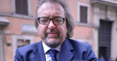 """""""Il voto di scambio politico-mafioso"""", a Palermo la presentazione del libro di Giarrusso"""