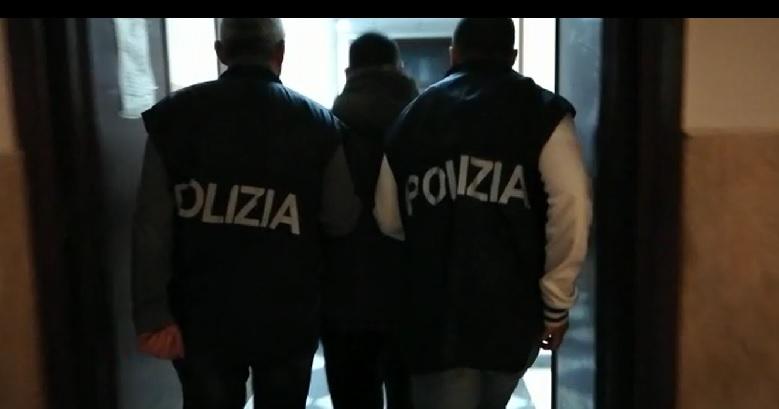 Scarcerati i due giovani fermati per l'aggressione al segretario provinciale di Forza Nuova, Massimo Ursino. Per loro divieto di dimora a Palermo e Provincia