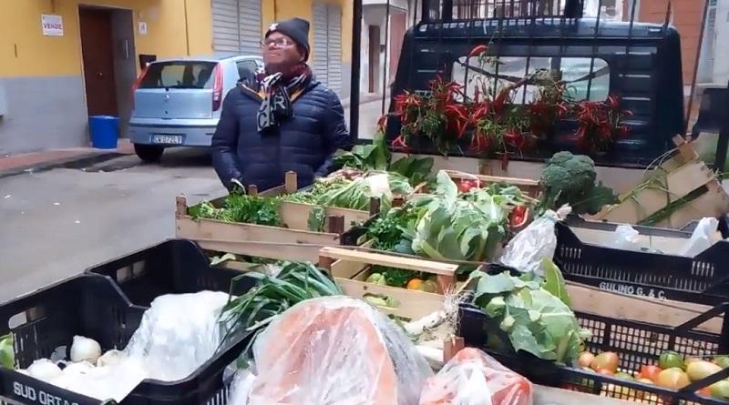 Le meraviglie delle tradizioni popolane della Sicilia. abbanniata fa parte dei riti dei mercati ma anche degli ambulanti