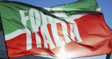 """Rivoluzione in Forza Italia. Un politico ci rivela: """"Palermo o Catania, sfida aperta tra chi comanderà"""""""