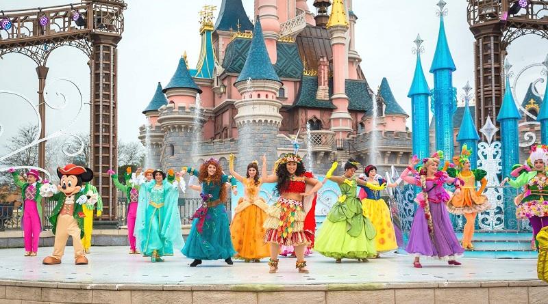 """Riaprono le trattative per la realizzazione di un parco Disneyland a Termini Imerese. Il sindaco Francesco Giunta: """"Andrei a piedi a Parigi affinché si realizzasse"""""""