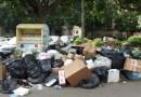 Palermo, rifiuti a pochi passi dai turisti nel giorno di Vivicittà – IL VIDEO