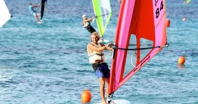 """Regata nazionale della classe windsurfer a Mondello. Il palermitano Casagrande prima nei """"leggeri"""""""