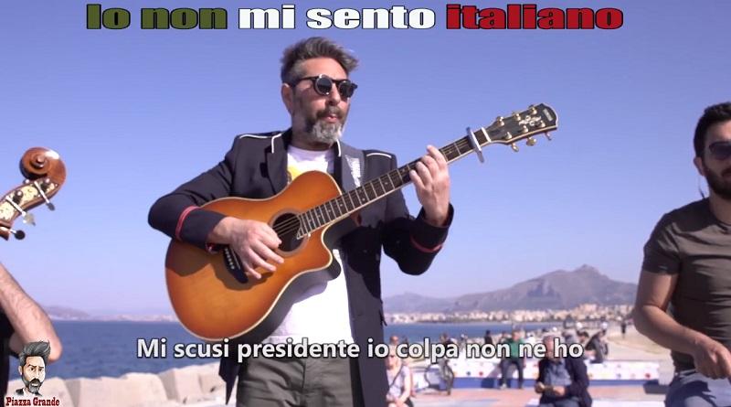 L'attore comico Stefano Piazza traduce in siciliano una delle più belle canzoni di Giorgio Gaber, Io non mi sento italiano