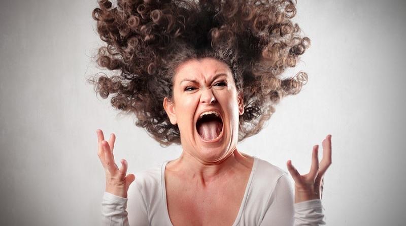 Donne litigiose e nervose? Avere una relazione con loro potrebbe essere un privilegio