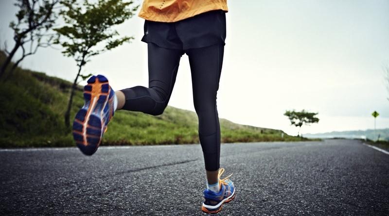 Una ricerca condotta negli USA avrebbe dimostrato che le scarpe da corsa ammortizzanti, o massimaliste, provocherebbero più lesioni nei corridori nel lungo periodo