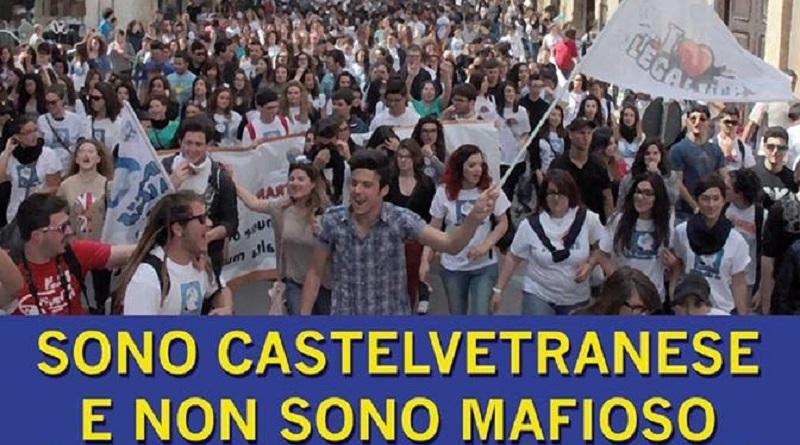 Castelvetrano, la manifestazione #sonocastelvetraneseenonsonomafioso. Corteo alle ore 18.00 di sabato 16 giugno all'interno del Parco delle Rimembranze