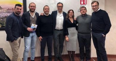 Domenico Bonanno e Alessandro Aricò insieme ai consiglieri comunali eletti a Corleone e ai dirogenti locali di Diventerà Bellissima