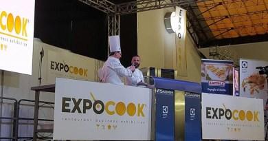 Lavoro nel turismo e nella ristorazione, a Expocook 2019 Fipe e Federalberghi Palermo raccolgono curricula per la stagione estiva