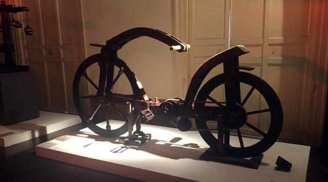 La bicicletta che trae spunto da un disegno di Leonardo del 1493, che ha anticipato la moderna bici