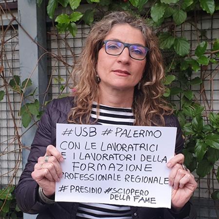 Presidio lavoratori Usb sciopero della fame davanti assessorato al Lavoro via Trinacria a Palermo