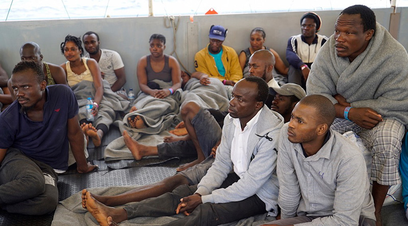 Migranti salvati in mare da Sea Watch 3