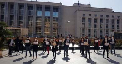 manifestazione praticanti avvocati Palazzo di Giustizia Palermo
