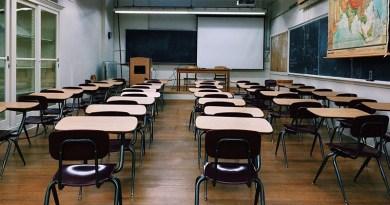 """Covid: da lunedì scuole chiuse in 14 Comuni siciliani, Riesi """"zona rossa"""""""