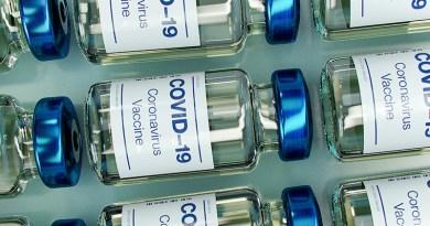 Vaccini Sicilia, Musumeci: «Da domani anche per i cinquantenni e per tutti i maggiorenni nelle isole minori»