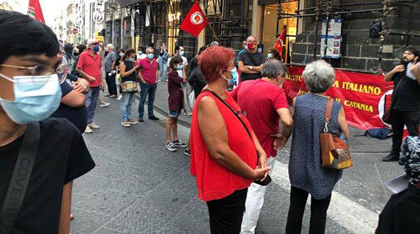 manifestazione contro caro-bollette catania