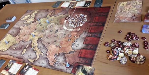 1 - Il Conte Dracula è ancora vivo: il gioco da tavolo La furia di Dracula. 8