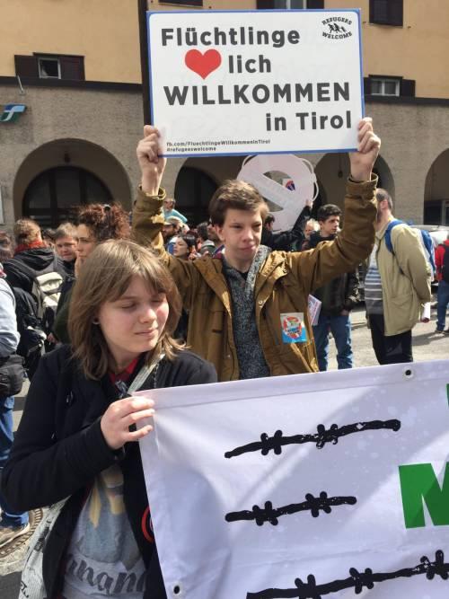 Brennero, manifestazione pro migranti 6