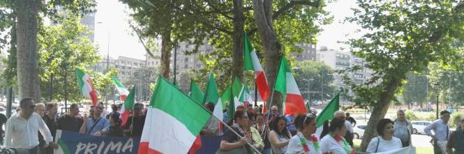 Milano, corteo contro l'accoglienza 1
