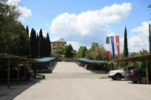 UN POSTO INCANTATO. Il resort Hapimag Pentolina di Chiusdino (Siena) occupa una tenuta medievale posta in cima a un'altura: accoglie ospiti da tutto il mondo interessati alla tradizione e alla cultura della Toscana.