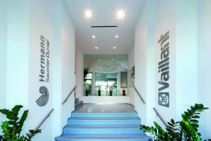 L'ingresso della sede milanese di Vaillant Group.