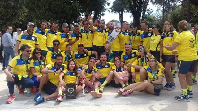 Grandi risultati ottenuti stamane per la Caivano Runners, l'associazione di atletica leggera, conosciuta su tutto il territorio locale e limitrofe. Stamane è stata vinta la Prima Edizione della gara podistica di Aversa,