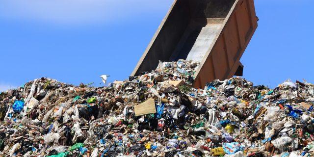 No requisiti per il deposito dei rifiuti da Tufino e Giugliano a Caivano
