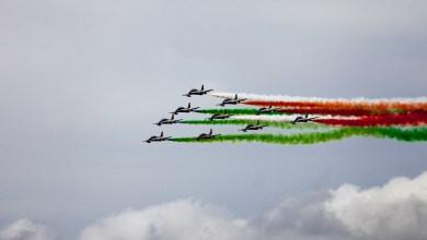 Photo of La magia delle frecce colora i cieli d'Ischia