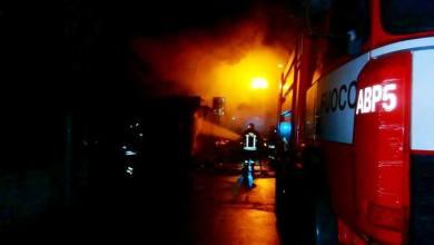 Photo of ESCLUSIVA – Le foto dell'incendio di stanotte all'edicola