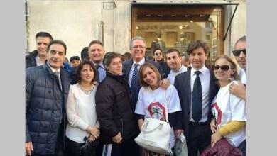 """Photo of La carica dei trecento: da Ischia a Roma per dire """"no"""" alla Naspi"""