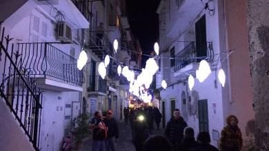 Photo of I Mondi Sommersi illuminano Ischia Ponte, è già Natale