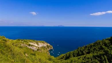 Photo of Il video promozionale sull'isola apprezzato all'estero criticato sull'isola: è polemica