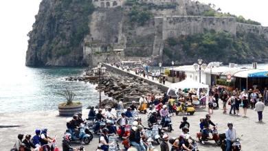 Photo of Che festa a Ischia per i 70 anni della Vespa!