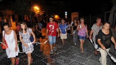Photo of Da Lacco ad Ischia in processione con un rosario lungo 30 metri