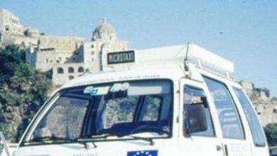 Photo of «Noi, tassisti amici dei turisti», il turismo dell'isola raccontato da Gianni Messina
