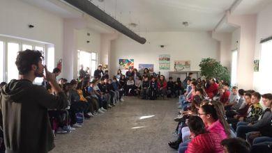 """Photo of """"Libriamoci"""", l'evento ieri mattina alle scuole medie di Forio"""