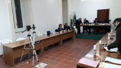 Photo of Consiglio a Forio, Calise e Di Maio alla commissione elettorale