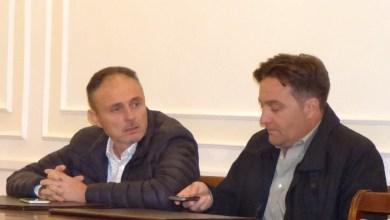 Photo of Mai con Enzo: Sorrentino e Cenatiempo negano l'inciucio col sindaco