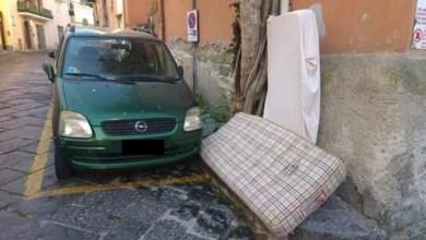 Photo of Immondizia in via San Vito, scoppia la polemica: «Non siamo cittadini di serie B»