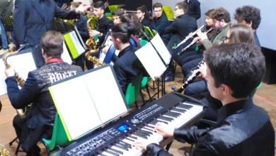 """Photo of QUESTA SERA SERA MUSICA SERIA  PER IL NOSTRO VESCOVO LAGNESE    GLI STUDENTI  MUSICISTI DEL """"SUO"""" LICEO DI CAPUA  SUONERANNO IN  SUO ONORE"""
