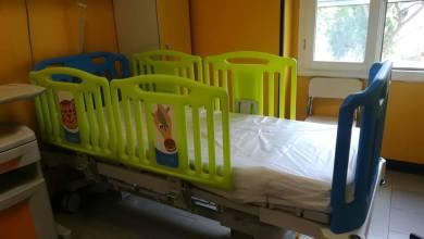 Photo of Nuovi lettini per il reparto di Pediatria dell'Ospedale Rizzoli