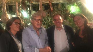Photo of Sgarbi: cena con amici alla Vigna di Alberto