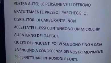"""Photo of Cartelli a Barano avvertono: """"Attenzione ai portachiavi truffa!"""". Ma è solo una bufala"""