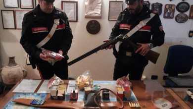 Photo of Cacciava di frodo con un fucile con matricola abrasa, arrestato dai carabinieri