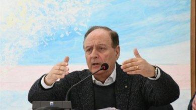 Photo of Schilardi a Lacco Ameno, la sala consiliare diventa un'arena