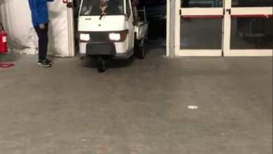 """Photo of Se entrare nel Palazzetto con un Ape Car diventa """"normale"""""""
