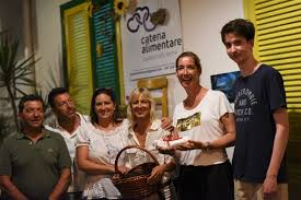 Photo of Il CORDOGLIO DELLA CATENA ALIMENTARE «Non abbiate timore, bussate alla nostra porta»