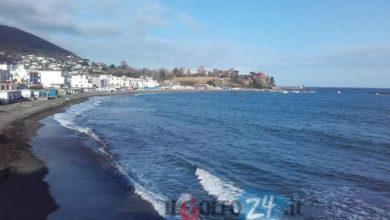 Photo of Le spiagge ischitane resistono alla natura, attesa per il 2019